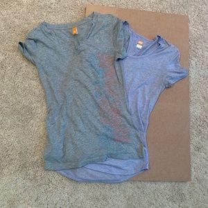 Lucy V-Neck T-Shirt Lot, Size XS